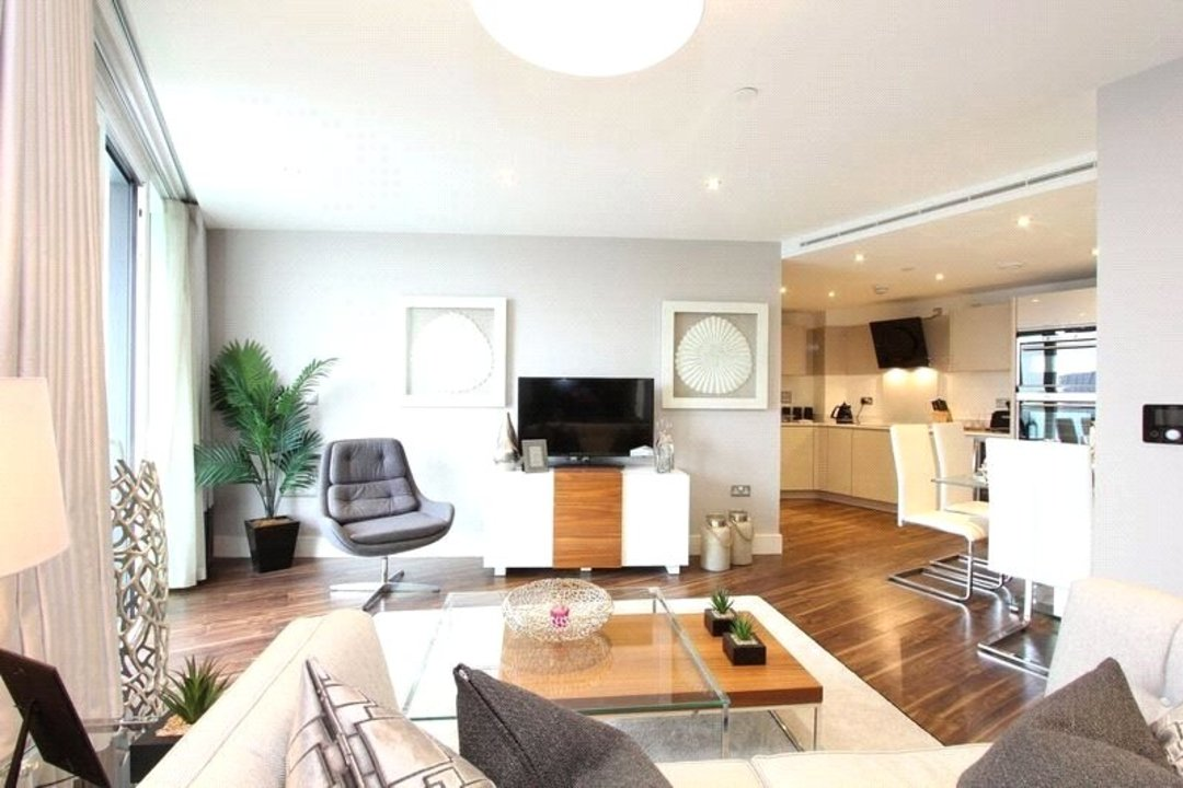Flat for sale in Altitude Point, 71 Alie Street, E1 8NG - view - 4