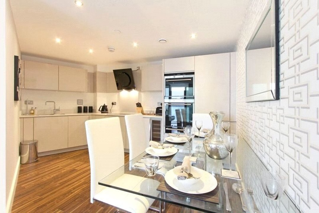 Flat for sale in Altitude Point, 71 Alie Street, E1 8NG - view - 5