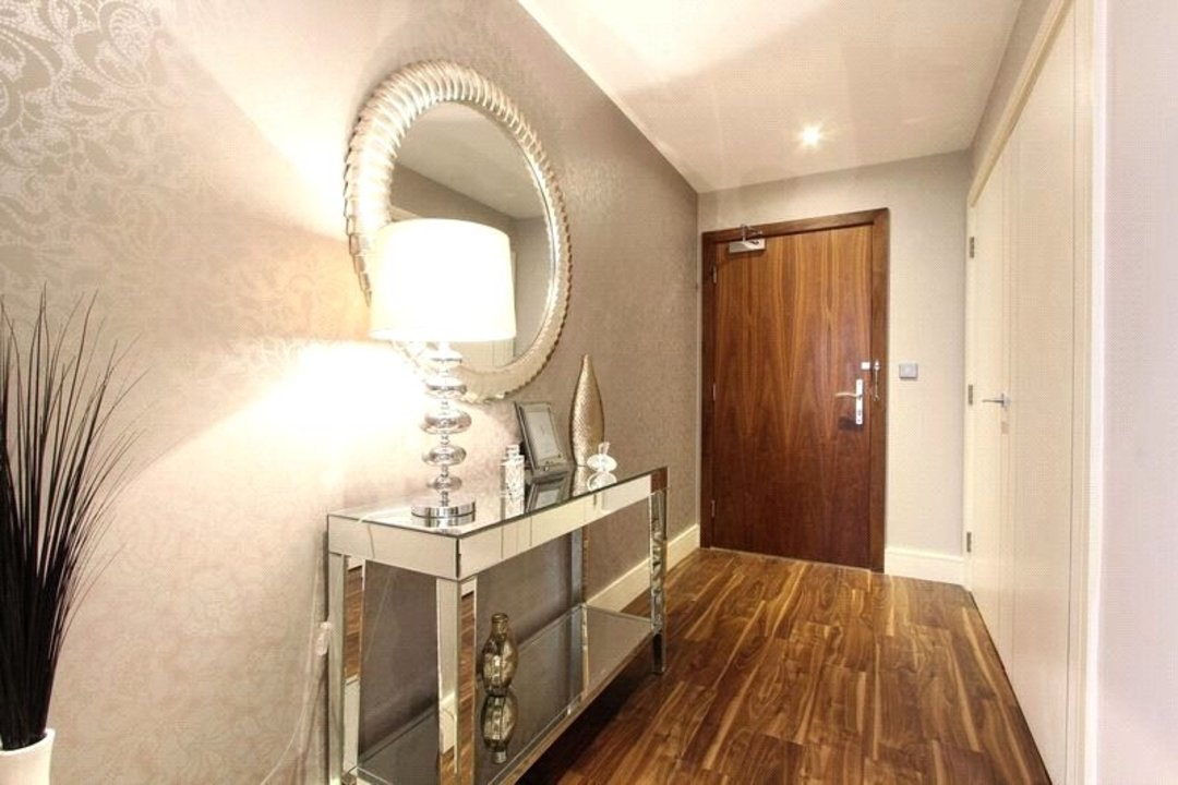Flat for sale in Altitude Point, 71 Alie Street, E1 8NG - view - 11