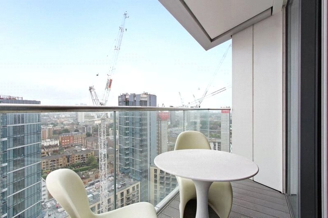 Flat for sale in Altitude Point, 71 Alie Street, E1 8NG - view - 12