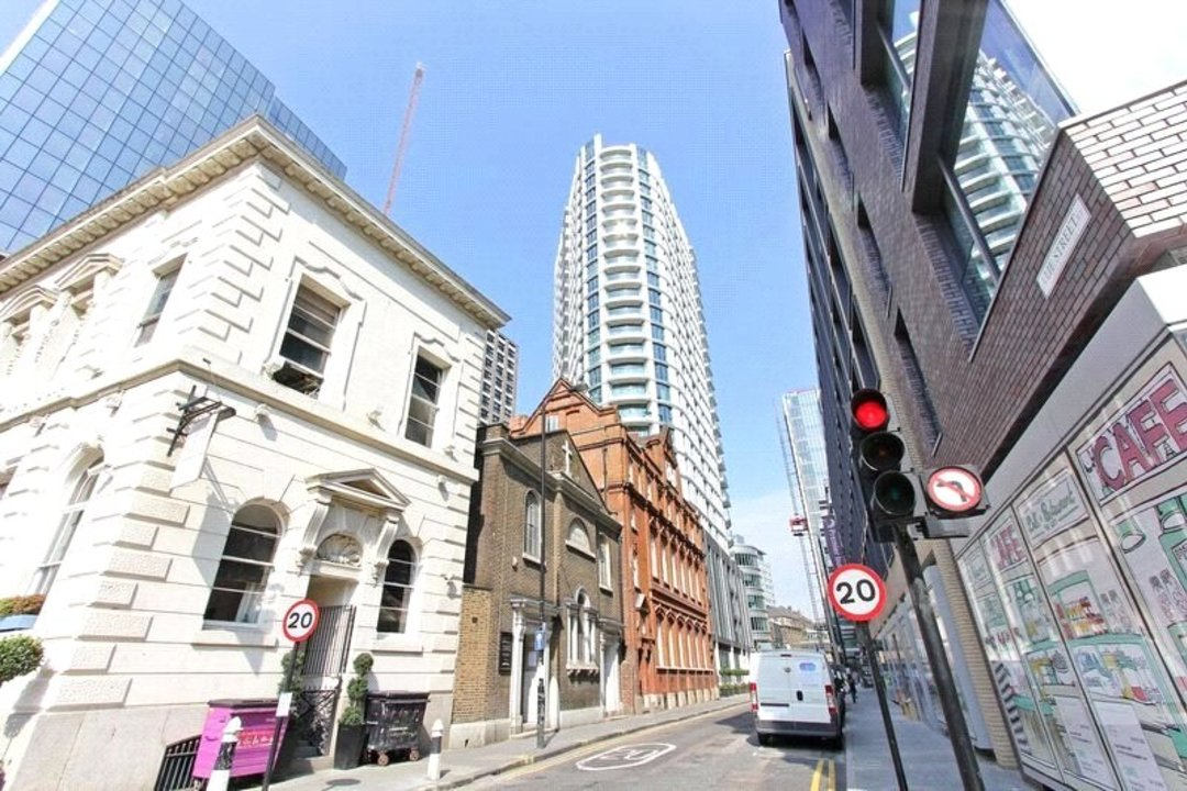 Flat for sale in Altitude Point, 71 Alie Street, E1 8NG - view - 14