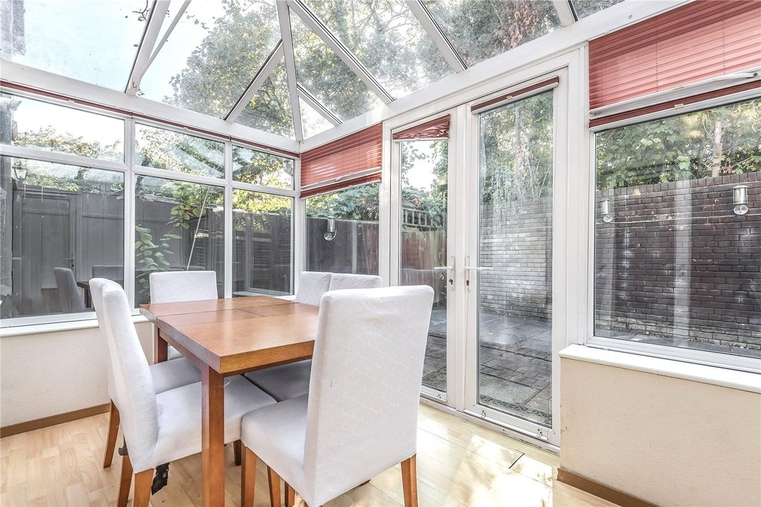 House for sale in Bobbin Close, London, SW4 0LL - view - 4