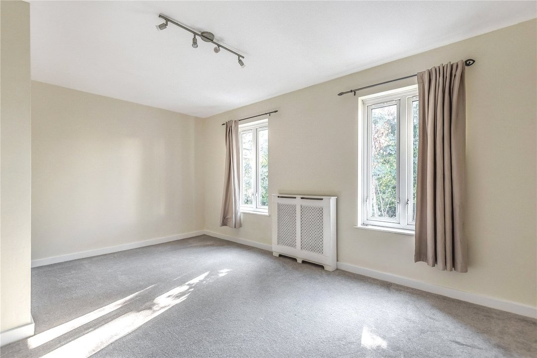 House for sale in Bobbin Close, London, SW4 0LL - view - 5