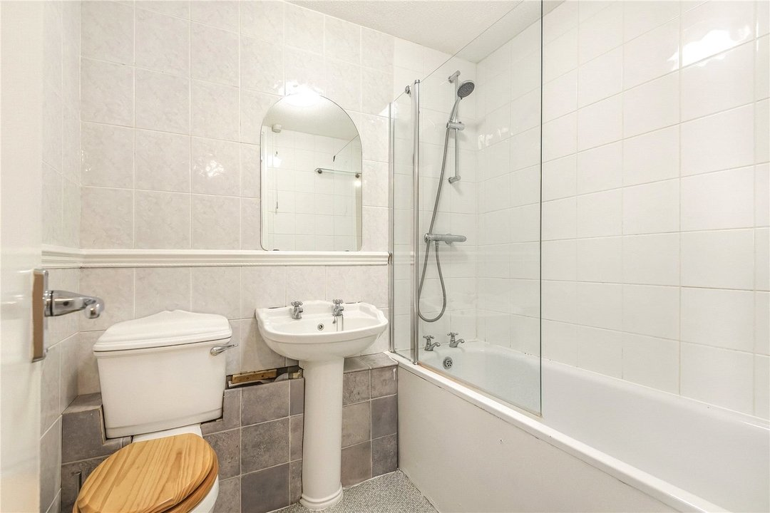 House for sale in Bobbin Close, London, SW4 0LL - view - 8