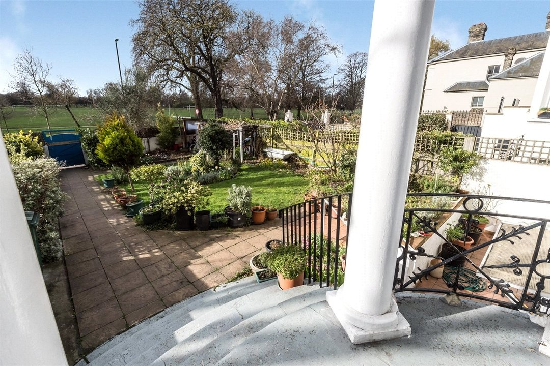 House for sale in Clapham Common North Side, London, SW4 9SA - view - 2