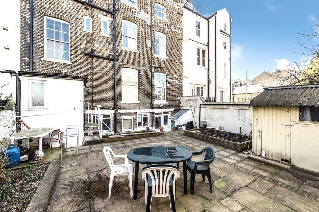 House for sale in Clapham Common North Side, London, SW4 9SA - view - 8