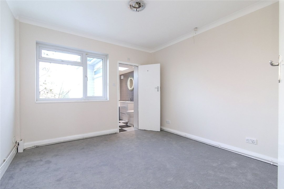 Bungalow for sale in Downsview Road, Upper Norwood, SE19 3XB - view - 4