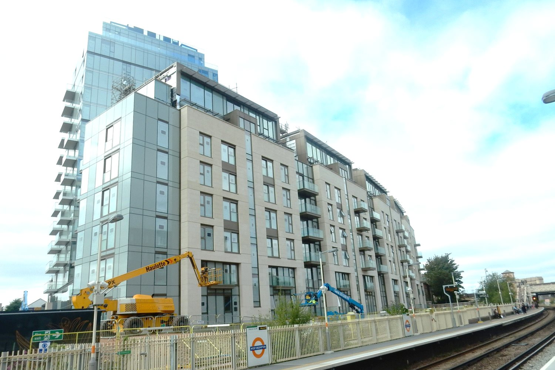 Flat for sale in Earls Court, , SW6 1RX - view - 1