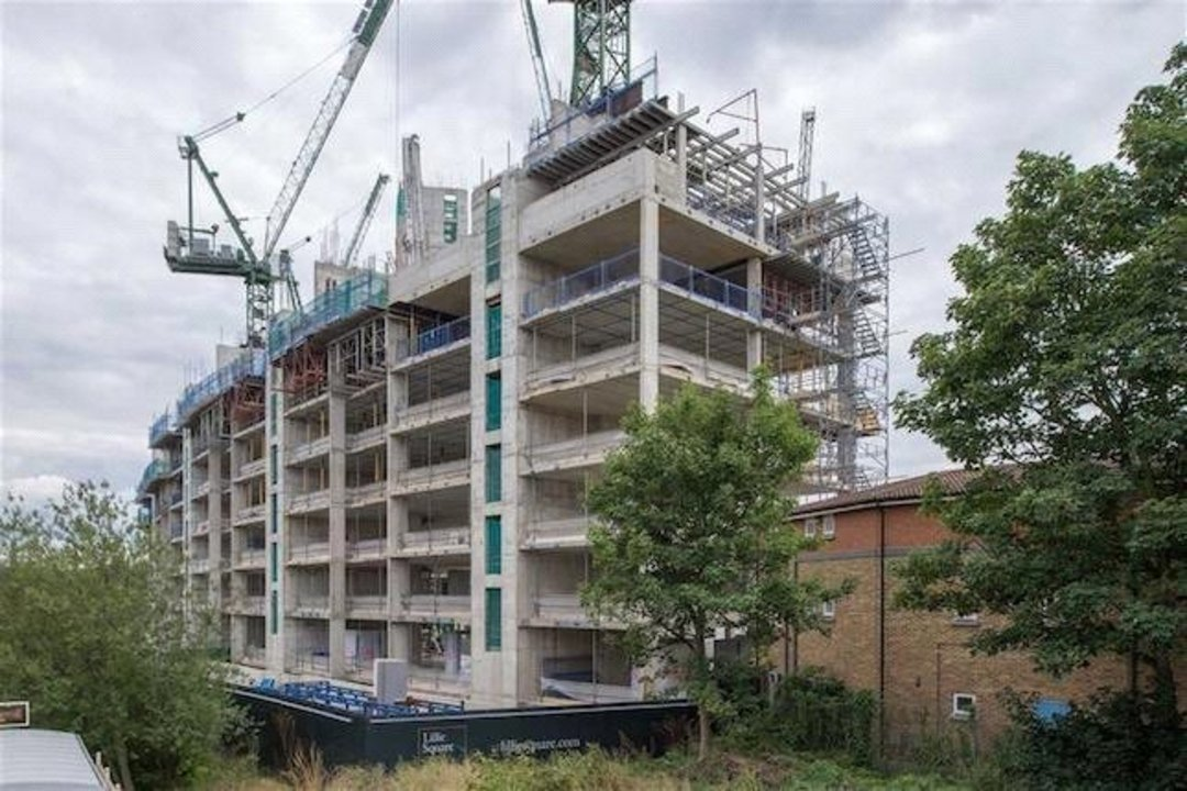Flat for sale in Earls Court, , SW6 1RX - view - 5