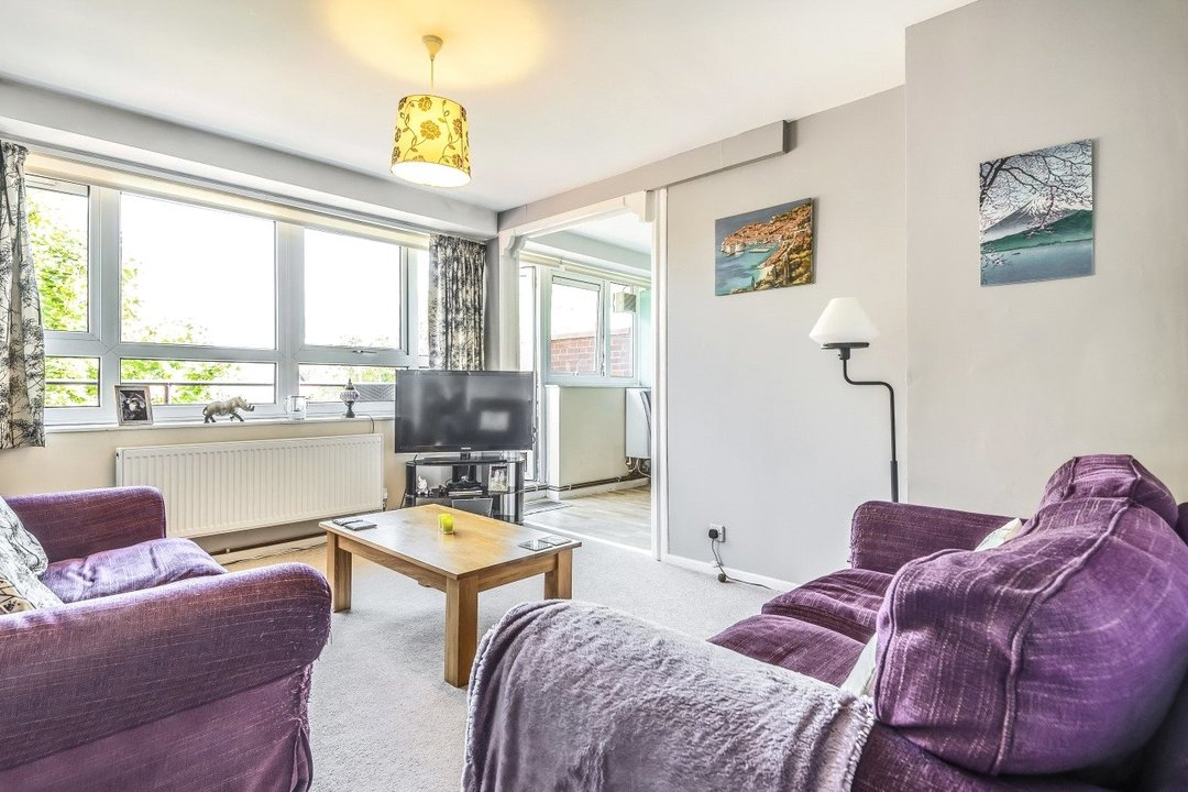 Flat for sale in Goulden House, Bullen Street, SW11 3HH - view - 1