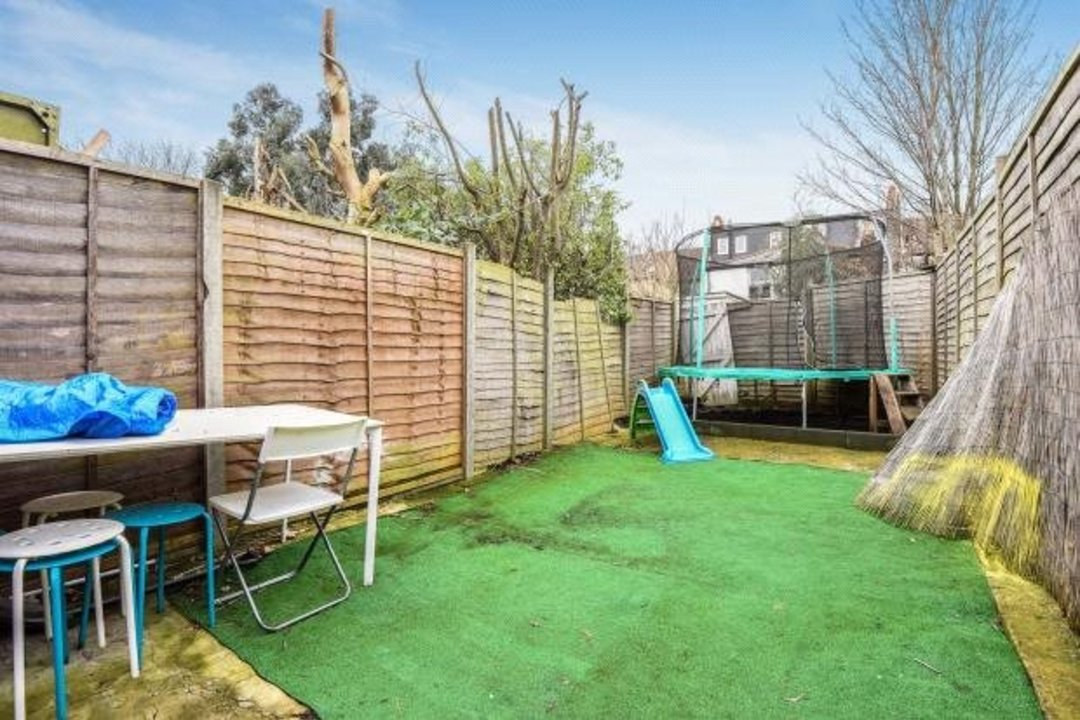 Flat for sale in Greyhound Lane, London, SW16 5NW - view - 7