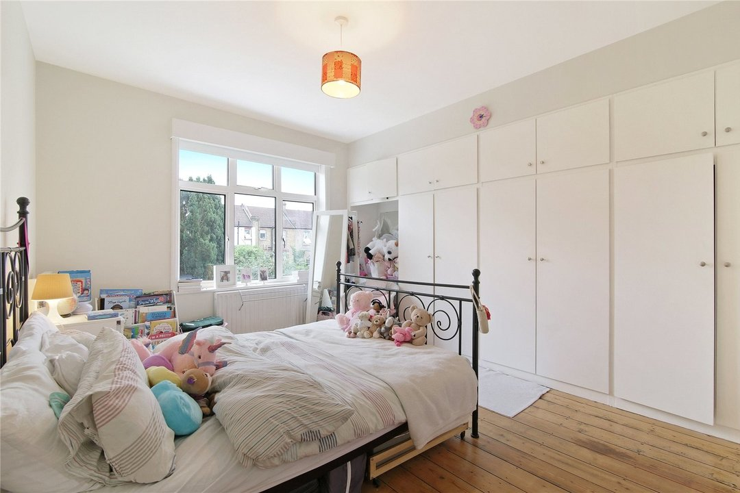 House for sale in Kilmartin Avenue, Norbury, SW16 4RA - view - 5