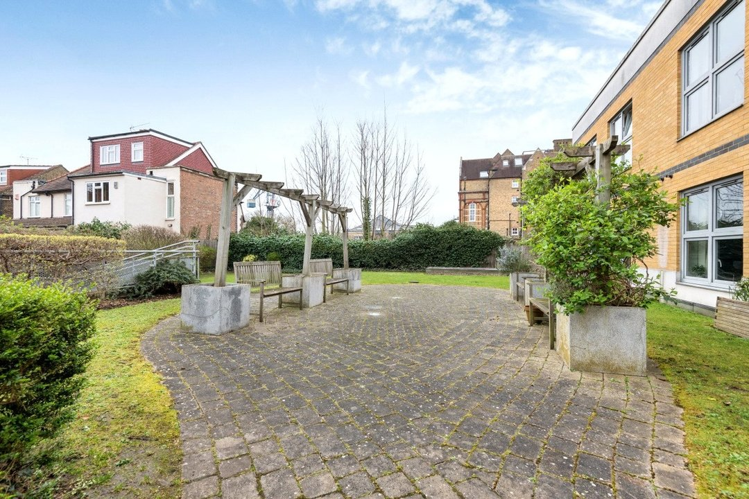 Flat for sale in Kings Avenue, , SW4 8DY - view - 11