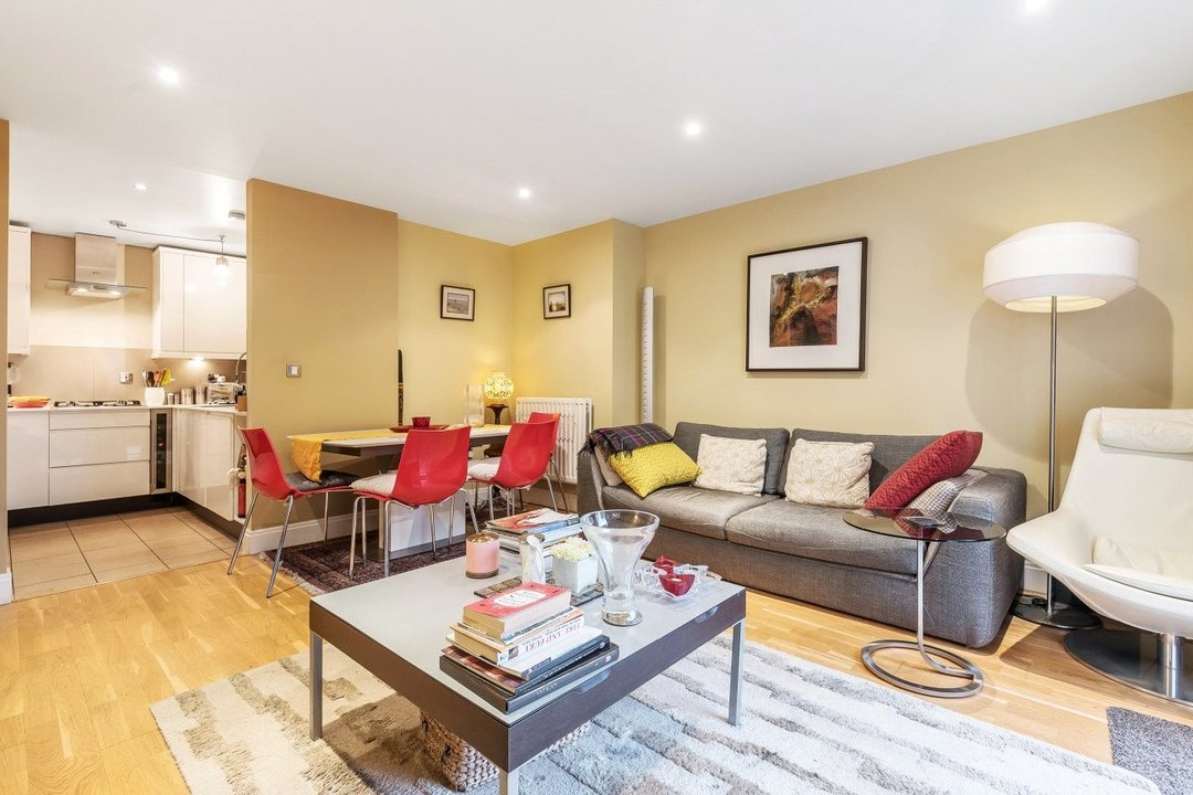 Flat for sale in Kings Avenue, , SW4 8DY - view - 4