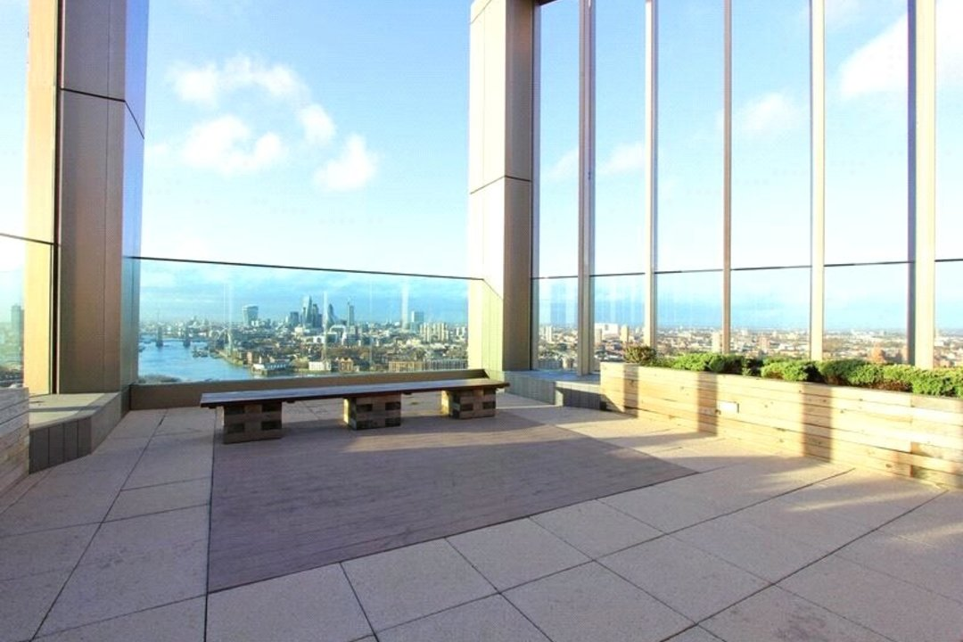 Flat for sale in Ontario Point, 28 Surrey Quays Road, SE16 7EE - view - 11