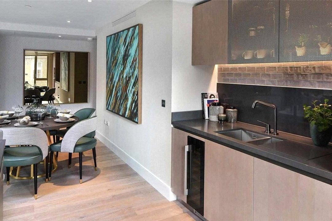Flat for sale in Prince Of Wales Drive, Battersea, SW11 4FA - view - 2