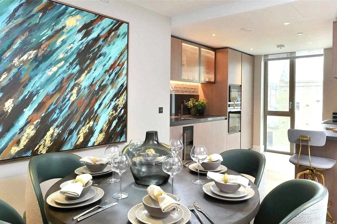 Flat for sale in Prince Of Wales Drive, Battersea, SW11 4FA - view - 3