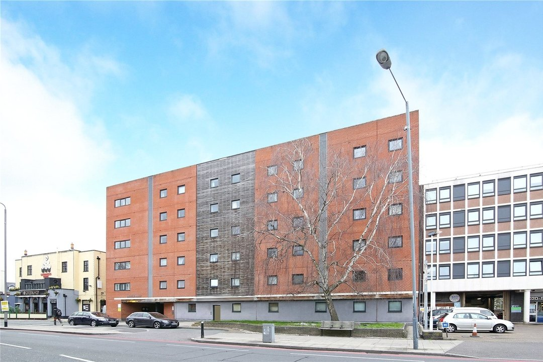 Flat for sale in Radnor House, 1272 London Road, SW16 4EA - view - 1