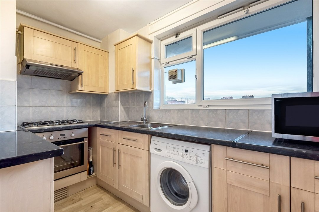 Flat for sale in Springett House, St. Matthew's Road, SW2 1NG - view - 2