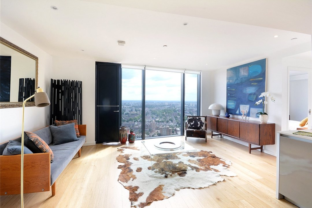 Flat for sale in Strata, 8 Walworth Road, SE1 6EL - view - 5