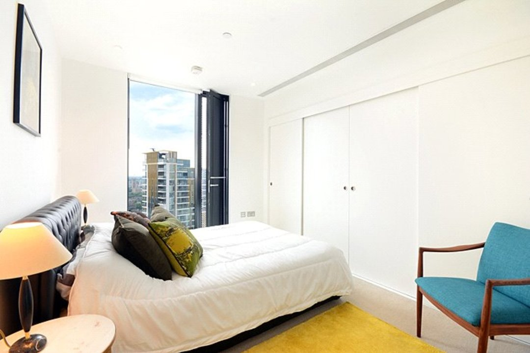 Flat for sale in Strata, 8 Walworth Road, SE1 6EL - view - 7