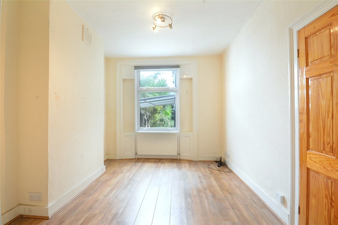House for sale in Sutherland Square, London, SE17 3EQ - view - 4