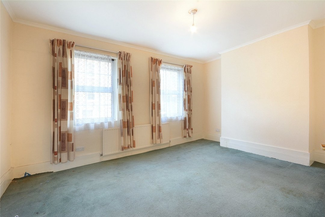 House for sale in Sutherland Square, London, SE17 3EQ - view - 9