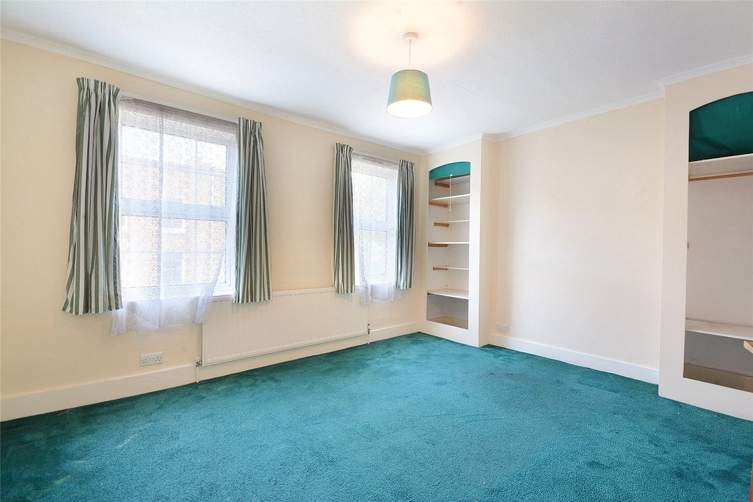 House for sale in Sutherland Square, London, SE17 3EQ - view - 11