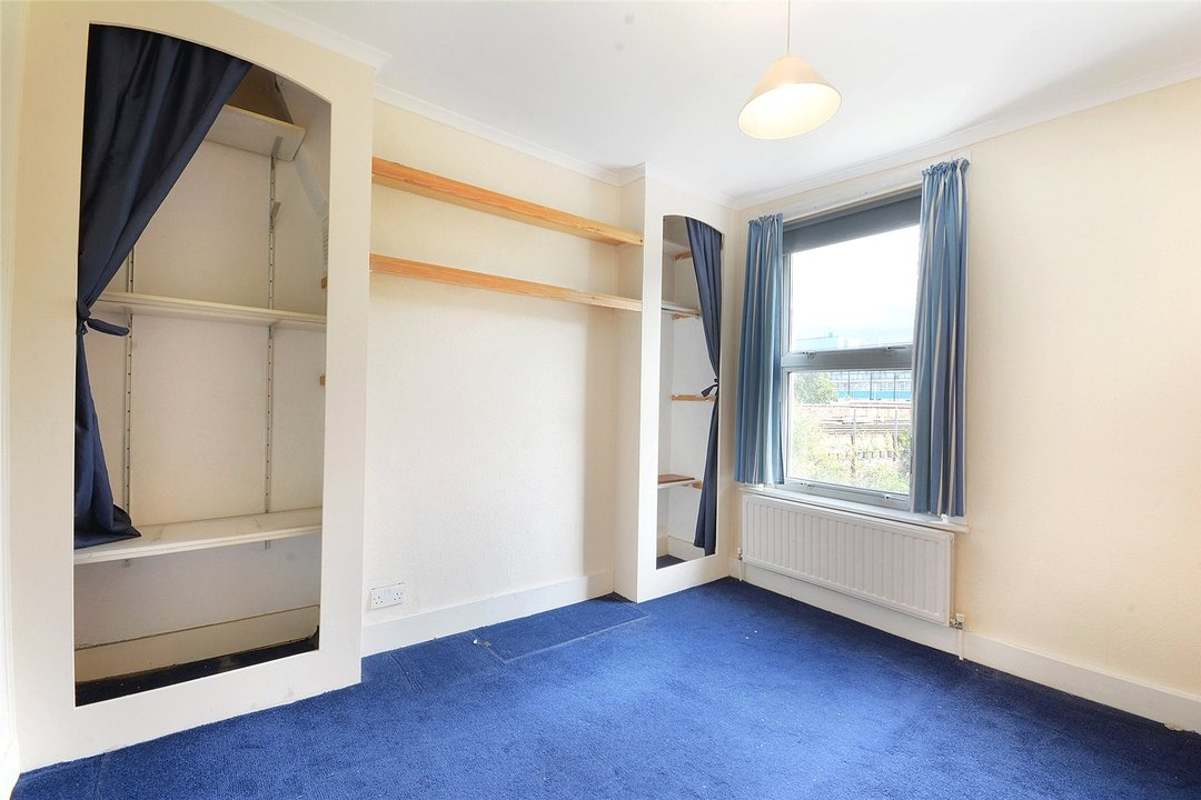 House for sale in Sutherland Square, London, SE17 3EQ - view - 10