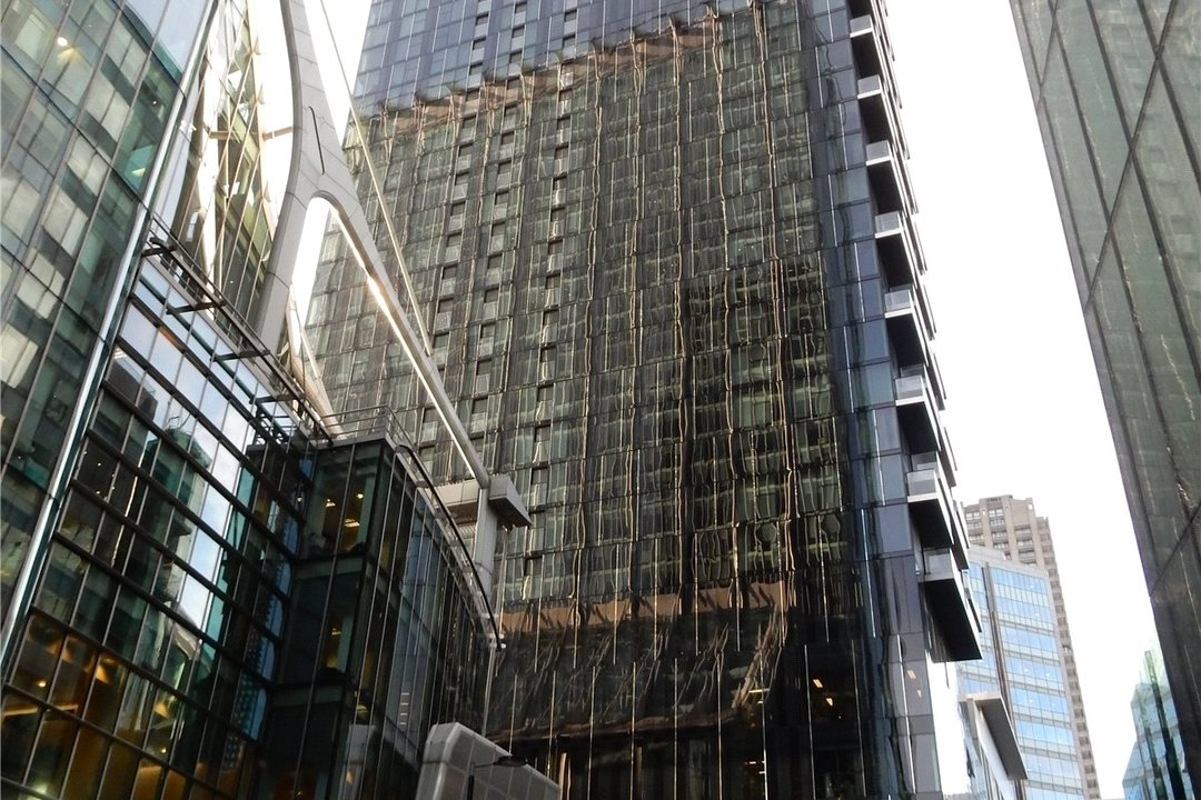 for sale in The Heron, 20, EC2Y 9AP - view - 4