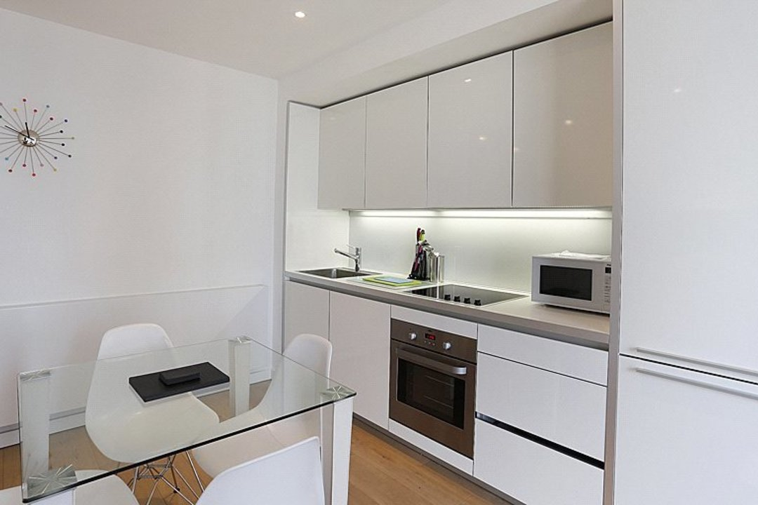 Flat for sale in Walworth Road, London, SE1 6EG - view - 6