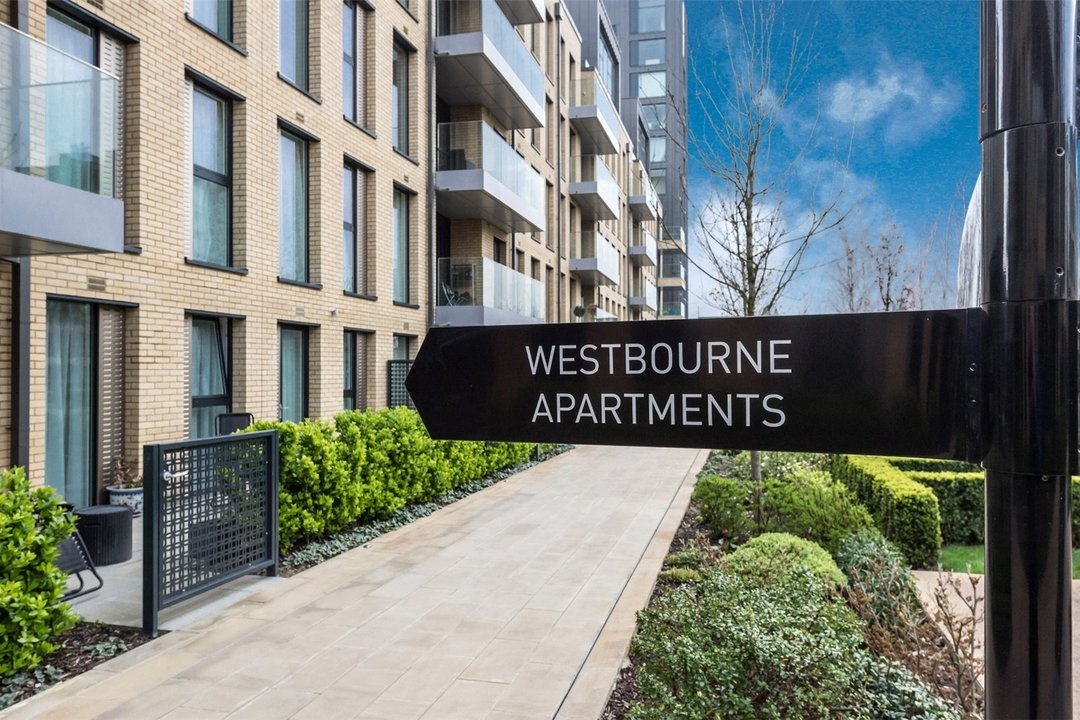 Flat for sale in Westbourne Apartments, 5 Central Avenue, SW6 2GP - view - 8