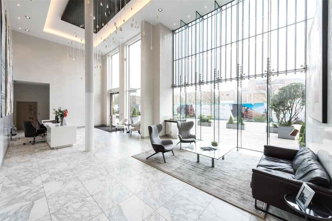 Flat for sale in Westbourne Apartments, 5 Central Avenue, SW6 2GP - view - 9