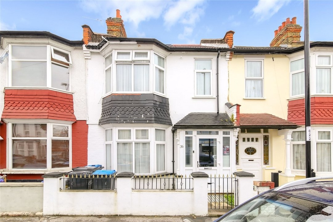House for sale in Winterbourne Road, Thornton Heath, CR7 7QT - view - 9