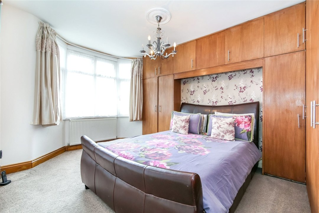 House for sale in Winterbourne Road, Thornton Heath, CR7 7QT - view - 5