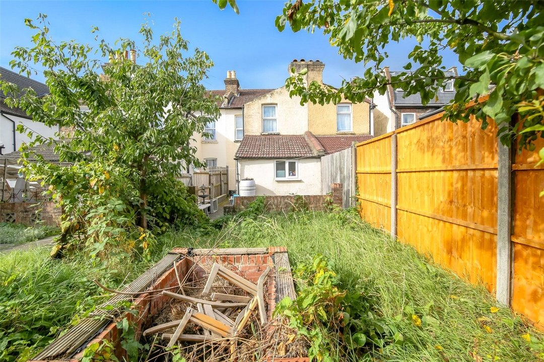 House for sale in Woodcroft Road, Thornton Heath, CR7 7HF - view - 5
