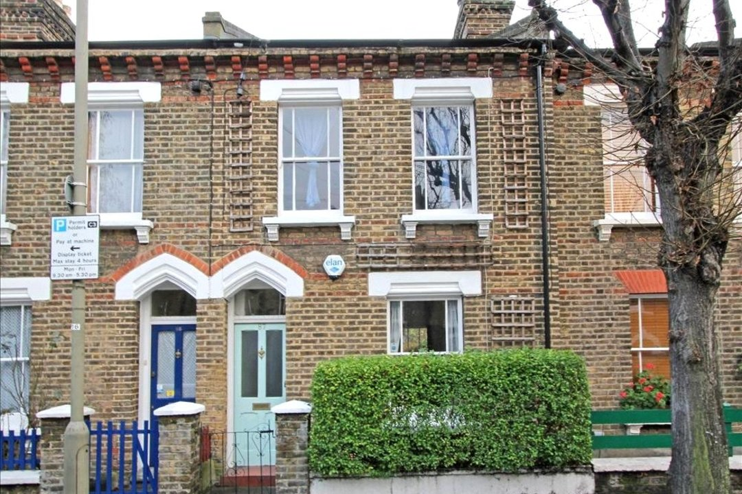House to rent in Ashbury Road, London, SW11 5UQ - view - 8
