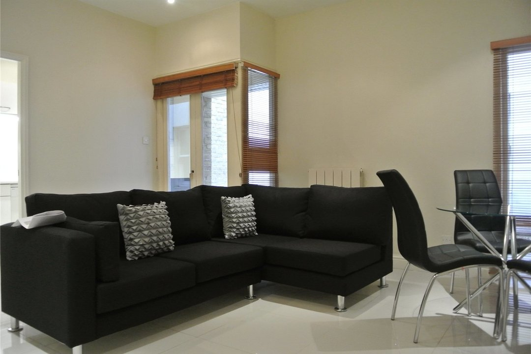 to rent in Cedar House, W1, W1U 5LU - view - 3