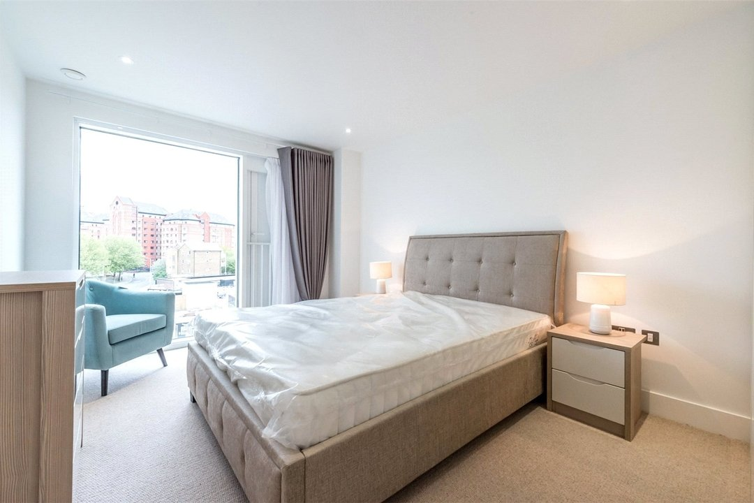to rent in Central Avenue, London, SW6 2QE - view - 8