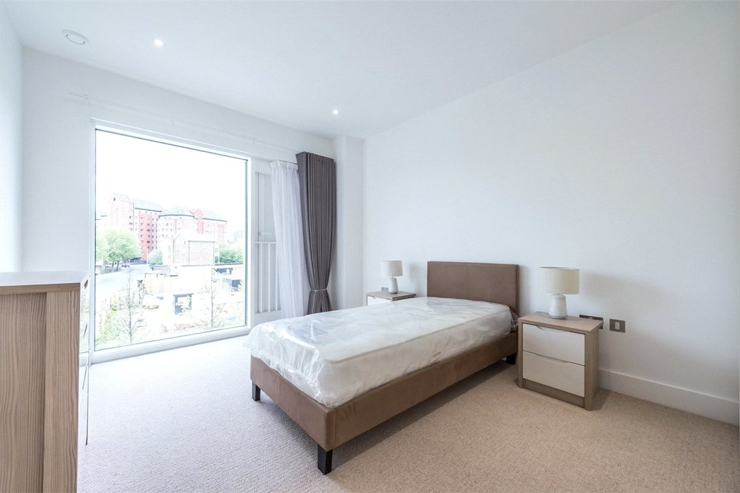 to rent in Central Avenue, London, SW6 2QE - view - 10