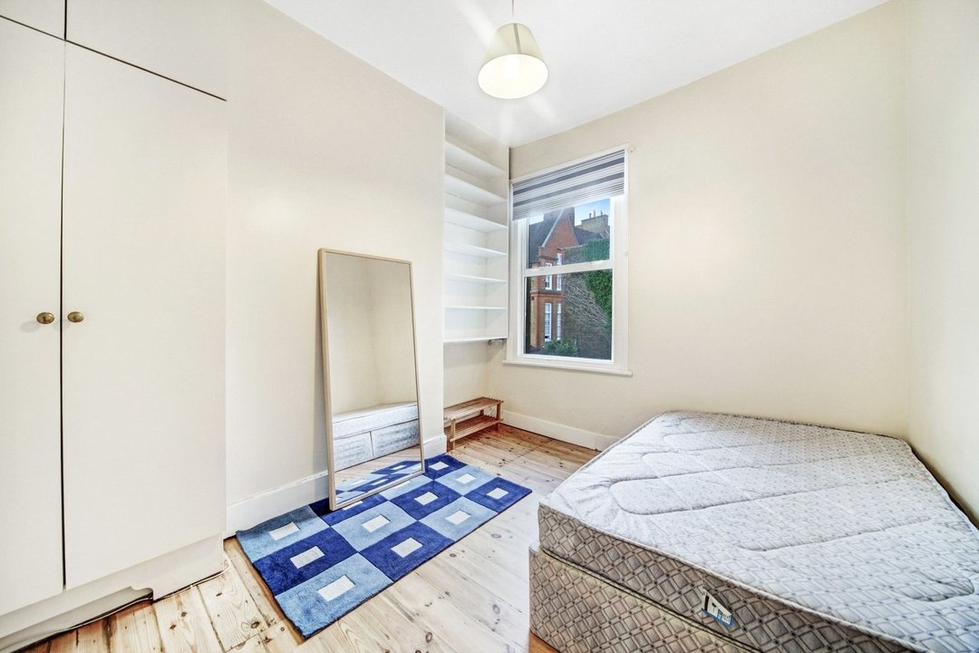 Flat to rent in Dorothy Road, London, SW11 2JP - view - 6
