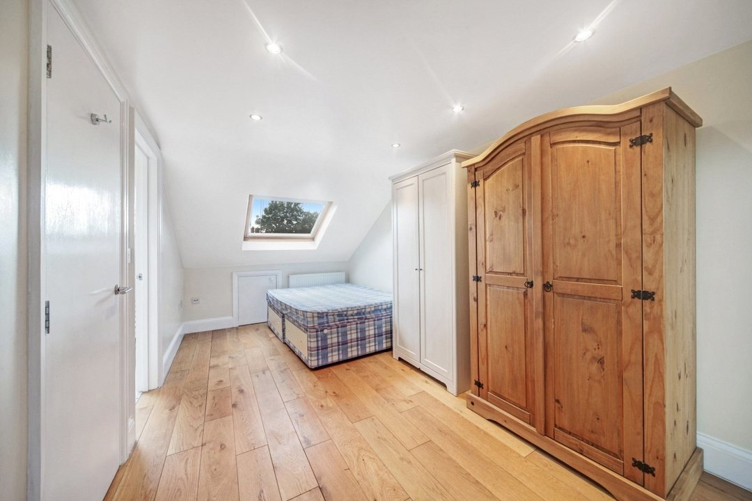 Flat to rent in Dorothy Road, London, SW11 2JP - view - 7