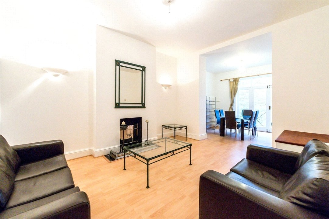 Flat to rent in Falcon Road, , SW11 2PG - view - 1
