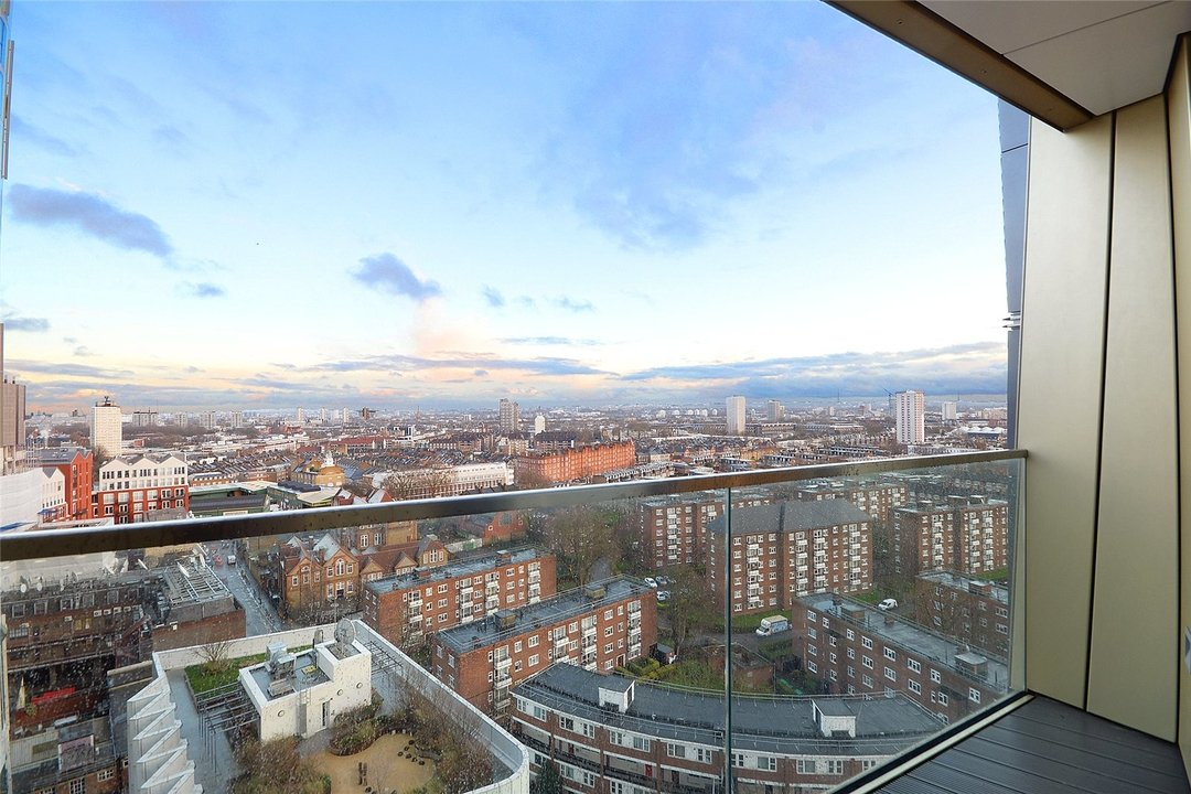 Flat to rent in Gladwin Tower, 50 Wandsworth Road, SW8 2FA - view - 5