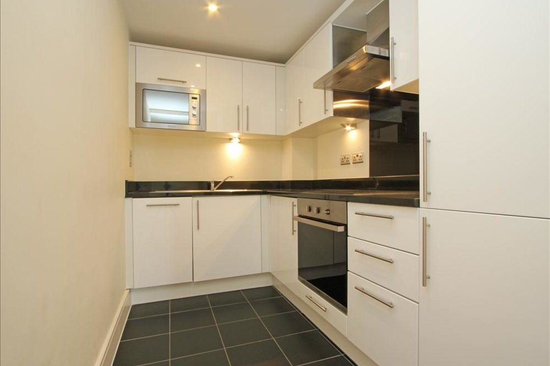 Flat to rent in Grant House, 90 Liberty Street, SW9 0BZ - view - 5