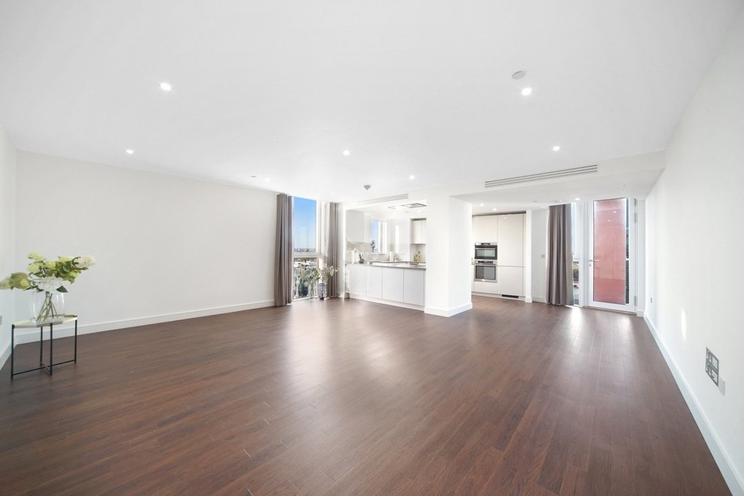 Flat to rent in Haydn Tower, 50 Wandsworth Road, SW8 2FN - view - 2