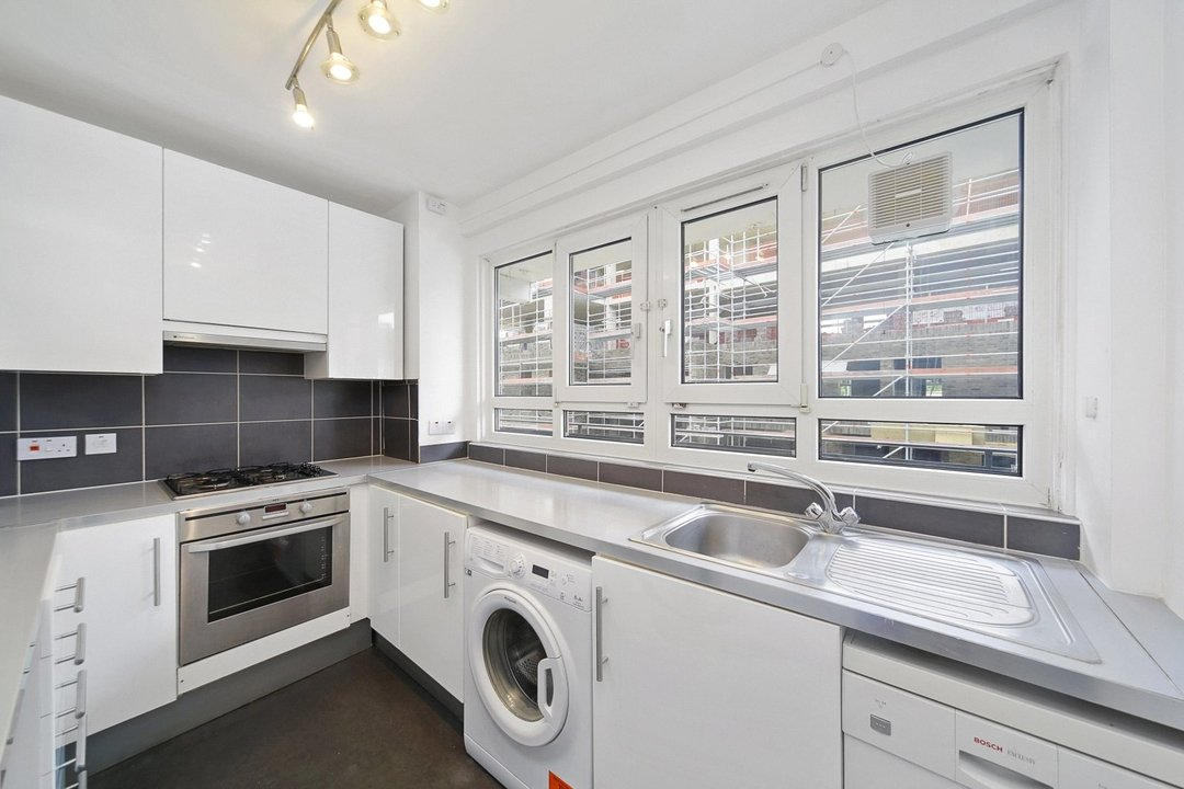 Flat to rent in Hookham Court, Deeley Road, SW8 4XH - view - 2