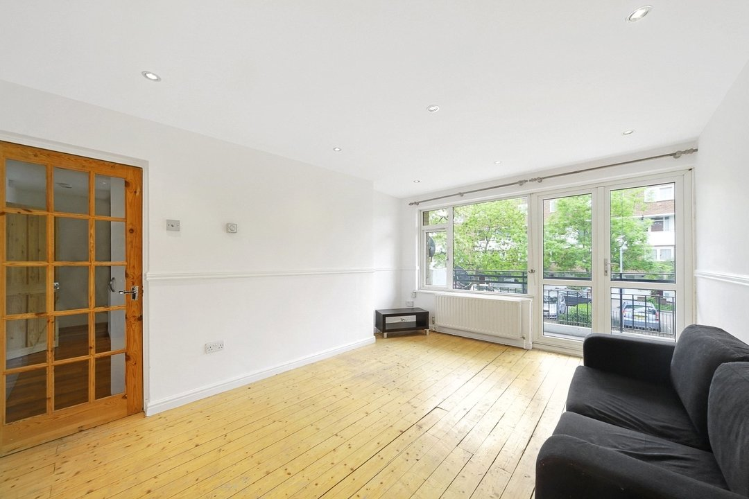 Flat to rent in Hookham Court, Deeley Road, SW8 4XH - view - 1