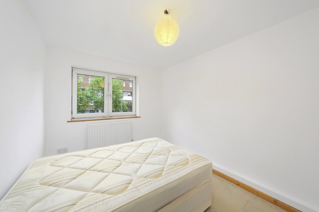 Flat to rent in Hookham Court, Deeley Road, SW8 4XH - view - 6
