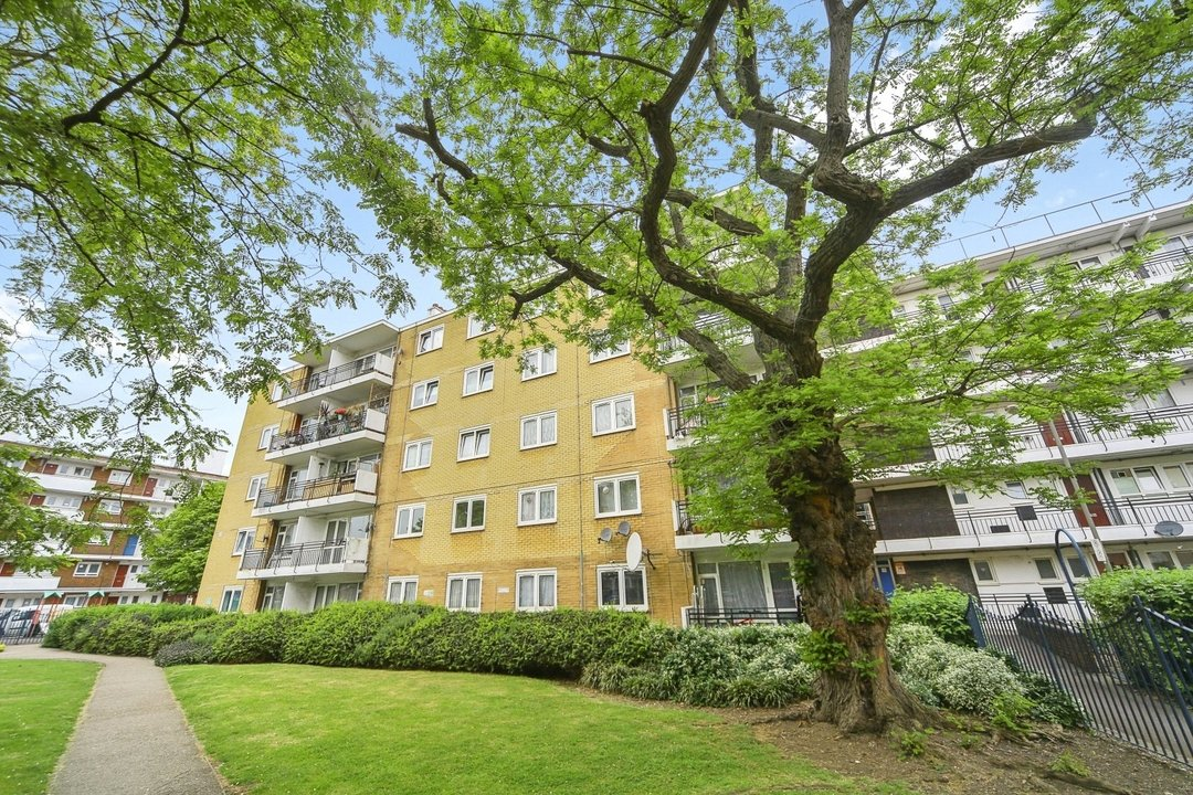 Flat to rent in Hookham Court, Deeley Road, SW8 4XH - view - 7